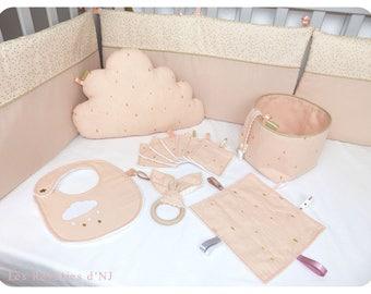 """Golden rain"" gift box"