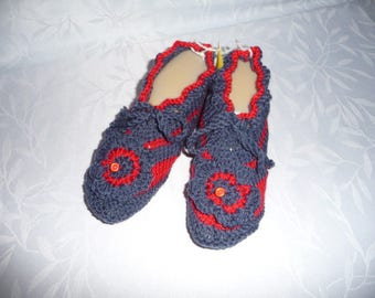 baby shoes, T36/37, night, or interior design, grey and Red-ideal for sensitive hand - knit.