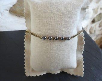 Bracelet minimalist Bronze pearls Hematite