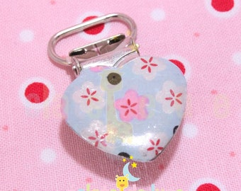 Patterned blue flowers with pink strap clip 25mm heart shape