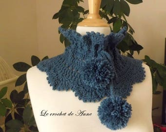 Choker / snood in blue, indigo, decorated with PomPoms!
