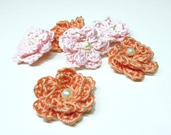 set of 6 flowers crochet, 2 shades of pink with pearl beads