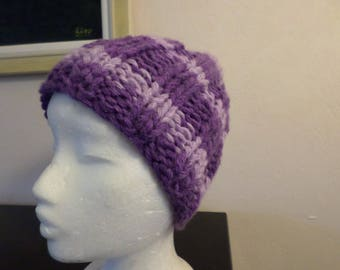 Hat knit with a phildar wool purple tones