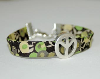 Bracelet Liberty Peace and Love green and black