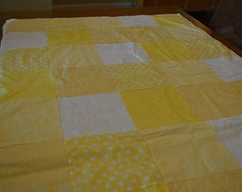 "Baby Quilt (or for a ""yellow"" fan)"