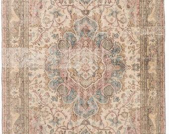 """Vintage Anatolian Rug, Vintage Turkish Rug, Cream Wool Rug, Antique Floral Bordered Rug, Distressed Vintage Turkish Rug, 5'4"""" x 9'3"""""""