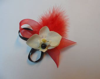 Boutonniere - PIN for wedding - red and black