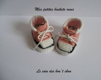 Style (Pink) shoes 0/3 months hand knitted baby booties.