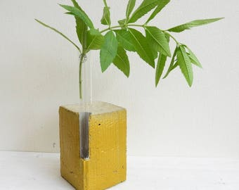 Gold concrete vase