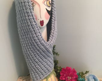 New Directional Handmade Knit Cowl Scarf