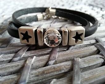 """Bracelet """"I'm a v.i.p black leather and Swarovski rhinestones"""