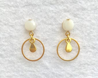 """Moni"" Earrings: Gold 14 mm chip small hoop earrings white faceted glass and sequin drop, gold plated and brass bead"