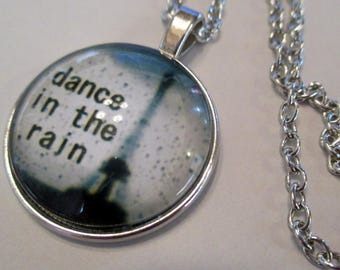 x 1 pendant Cabochon necklace with chain - rain dance Paris Eiffel Tower - silver - jewelry customization