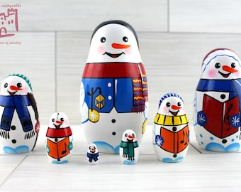 Snowmen Matryoshka set of 7 pcs Stacking Wooden Russian Nesting Dolls