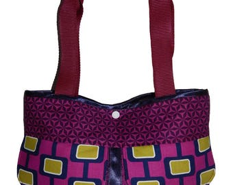 Monochrome handbag purple