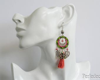 Earrings embroidered, charms and green 'Lord' salmon pink tassel