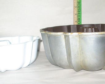 Lot of 2 Bundt Cake Pans Antique Northland Aluminum Products and Unmarked