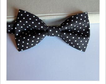 Black polka dot bow tie white