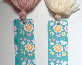 Green tassel floral bookmarks