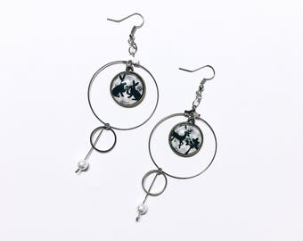 Animal pendant earrings, hooded with pearls earring, drop and dangle