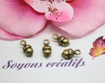 the Acorn 10 charms charm Bronze 14x7mm - SC0082218-