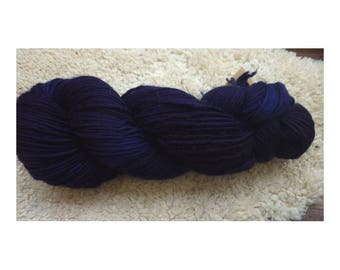 Wick wool from sheep wool, hand-dyed blue wood