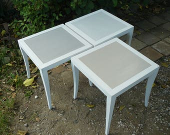Set of 3 tables of weathered wood in off-white, gray and taupe