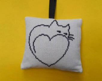 CAT and heart - hand embroidered Lavender sachet