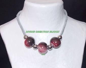 Choker necklace made of three ceramic beads