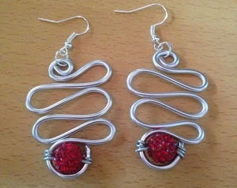 Earrings dangle silver bead shambala Red