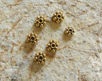 Set of 20 Golden spacer beads 5 mm in the shape of flowers, gold color metal, 5 mm diameter