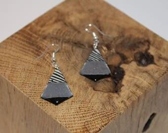 Nice pair of earrings geometric shaped resin (Zebra print)