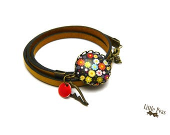 Vintage glass dome floral yellow leather bracelet