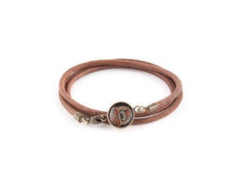 Bracelet Leather Brown cord - black Medallion GALINETTE