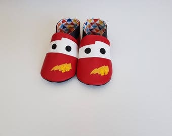 Soft booties in red imitation leather Cars Flash Mac Queen