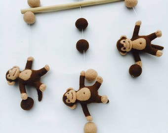 Baby mobile Monkeys. Felt mobile. Baby Shower Gift. Baby Crib Mobile - Baby Mobile - Nursery. Baby boy mobile. Modern baby mobile.