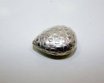 Silver Teardrop bead 28.00 by 20.00 mm. Money first.