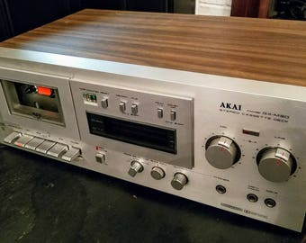 Vintage AKAI GX-M30 stereo cassette deck