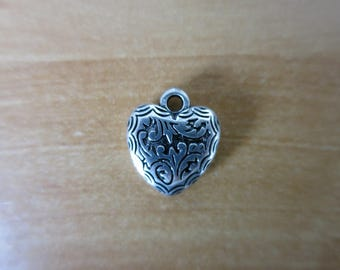 CCB resin heart charm