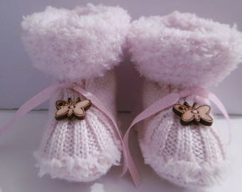 Butterfly baby girl booties by hand (newborn)