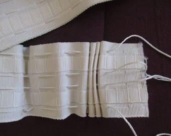 ruflette Ecru 7 cm, length 1.4 meters