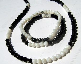 Bijoux homme COLLIER & 2 BRACELETS yin yang Perles nacre blanc, Pierre Onyx noir, Mala Yoga boho, cristaux Guérison, cadeau homme/femme