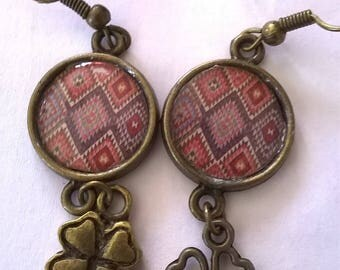 Earrings bronze earrings stunning ethnic diamonds on the soft tones, very feminine picture cabochon