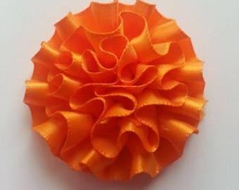 fleur en ruban de satin rouge 50mm