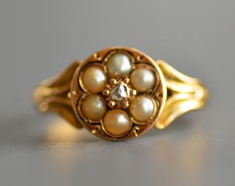 Antique Victorian 18k gold pearl and rose cut diamond keepsake or mourning ring