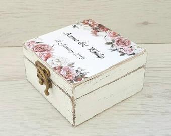 Rustic ring box, Floral wedding box, Rustic wedding, Personalized ring box, Ring bearer box, Wood ring box, Custom ring holder, Rose wedding