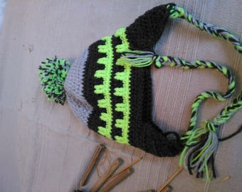 Original Peruvian hat with large Pompom and overlapped colors