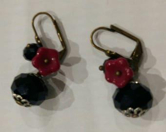 Earrings brass, trendy chic black glass beads