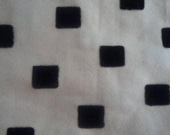 Fabric beige cotton canvas with black 100 * 100 cm square