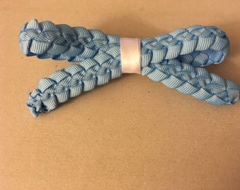 Blue Ribbon Lei Hair Bow